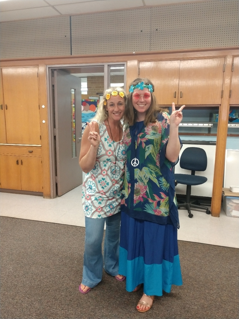 Second grade is groovy at Townsend! #decadesday